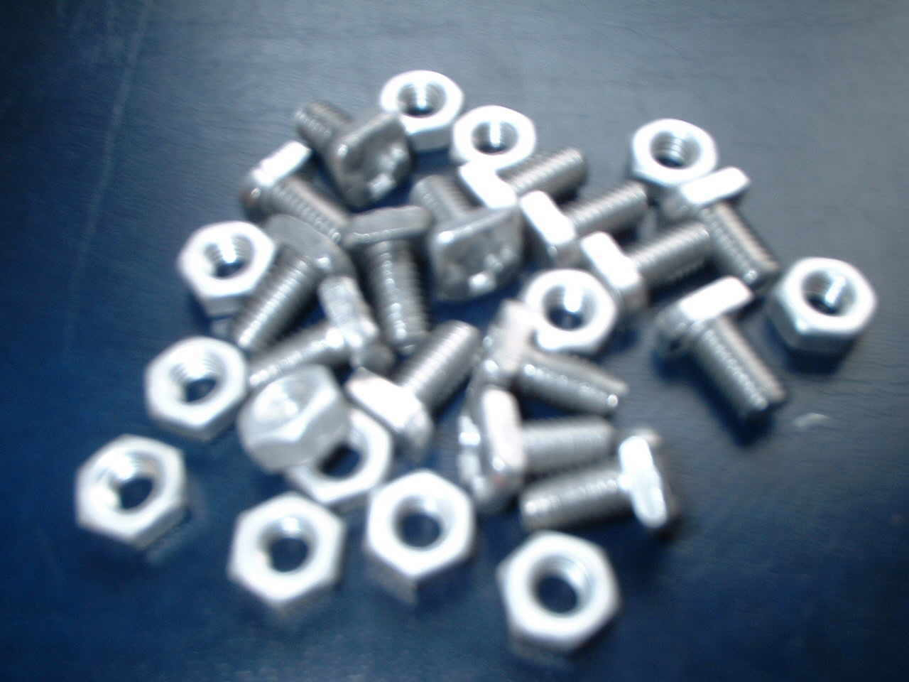galvanised_ring_bolts.jpg (13221 bytes)